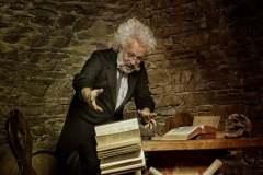 Patrick Weniger; Titel:-Einstein