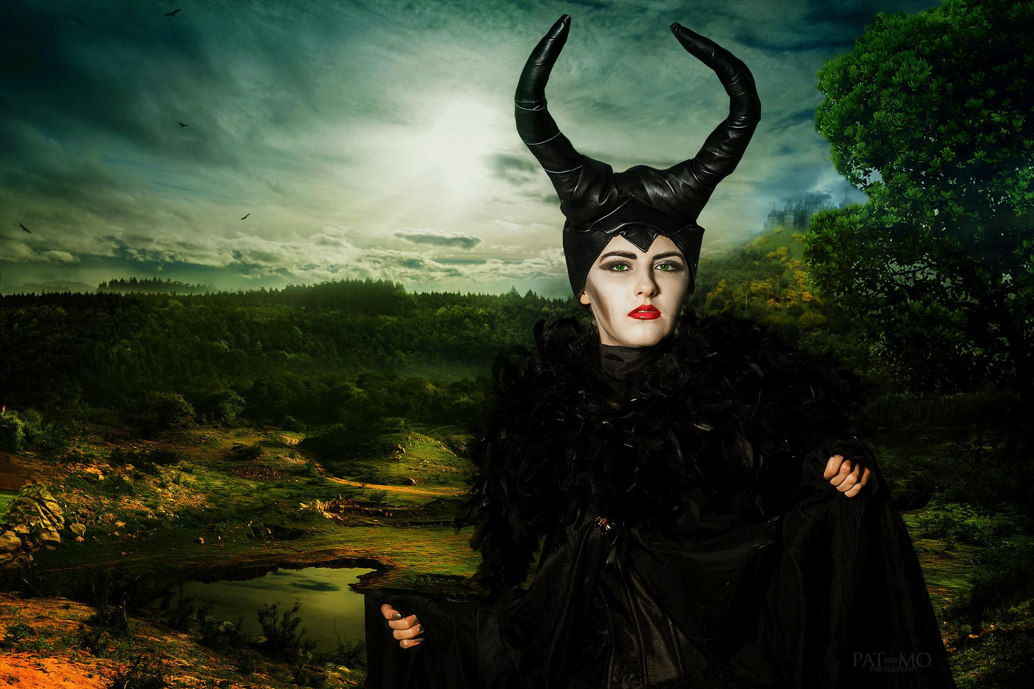 Hintergrund-Maleficent03b